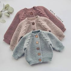 english-knitting-pattern-for-beginners-sweater-jumper-basic-baby-cardigan-toddle/ - The world's most private search engine Baby Cardigan Knitting Pattern Free, Baby Sweater Patterns, Knitted Baby Cardigan, Knit Baby Sweaters, Toddler Sweater, Knitted Baby Clothes, Knitted Hats, Toddler Knitting Patterns Free, Baby Knits