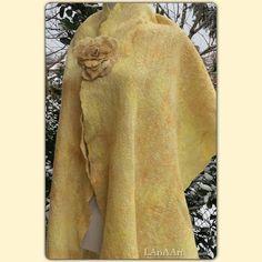 LAnAArt: Felted cobweb scarf GOLDEN SUN and ROSE * Филцов кобуеб шал Златното Слънце и Розата