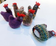 karen boyce @BoyceSec #CraftHour can't make a #pancake without an egg Funky Chicken Kinder Egg Cosy comes with Kinder Egg great Easter Gift pic.twitter.com/FC83qd7tre