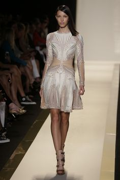 I absolutely love this look from Herve Leger's Spring 2013 RTW collection. The long sleeves don't really scream spring/summer, but the detailing is stunning. Herve, Dress Silhouette, Lovely Dresses, Knitwear, Ready To Wear, Bodycon Dress, Glamour, Gowns, Style Inspiration