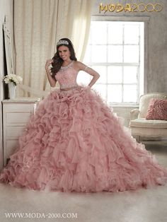 Moda 2000 BEAUTIFUL BABY PINK 2 PIECE QUINCEANERA DRESS! FOLLOW US ON INSTAGRAM @moda_2000
