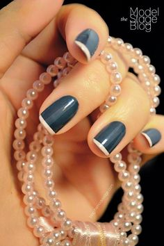 Here are the best nail polish you can use right now, they are very cheap to buy and gives the finger gorgeous look than ever. no matter what type of finger nails you have there is a polish that fits that nail and you will find it her. Easy Nails, Easy Nail Art, Simple Nails, Easy Art, Art Simple, It's Easy, Love Nails, Fun Nails, Pretty Nails