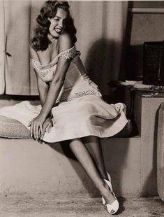 Marilyn by Earl Moran 1948 by ines