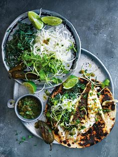 No barbecue is complete without tacos! Spice up your life with these fun to eat fish tacos with jalapeno salsa. Veggie Recipes, Fish Recipes, Seafood Recipes, Mexican Food Recipes, Cooking Recipes, Healthy Recipes, Recipies, Ethnic Recipes, Tacos And Salsa