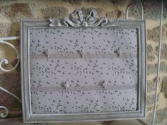 pêle mêle avec papillons et dentelle peinture liberon