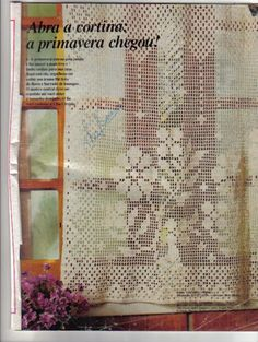 filet crochet - flower arrangement with fun effect of surrounding curtains and window frame Crochet Curtains, Crochet Tablecloth, Crochet Doilies, Crochet Flowers, Curtain Patterns, Doily Patterns, Crochet Patterns, Filet Crochet Charts, Crochet Diagram