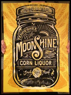 "& Design Inspiration Fix for June 2013 I love that the ""S"" kind of looks like a music note. Moonshine Corn Liquor by Derrick CastleI love that the ""S"" kind of looks like a music note. Moonshine Corn Liquor by Derrick Castle Vintage Typography, Typography Letters, Typography Poster, Handwritten Typography, Chalkboard Lettering, Vintage Logos, Vintage Type, Screen Print Poster, Poster Prints"