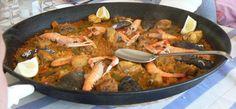 Paella Paella, Ethnic Recipes, Food, Meal, Essen, Hoods, Meals, Eten