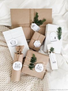 FREE Printable Gift Tag Round Up: Click through to download and print adorable Christmas gift tags..