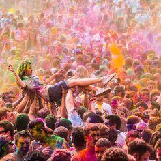 Living the Dream. Color festival