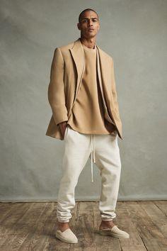Sport Fashion, Men's Fashion, Moda Streetwear, Beige Outfit, Look Man, Vogue Men, Marca Personal, Stylish Mens Outfits, Trendy Hoodies