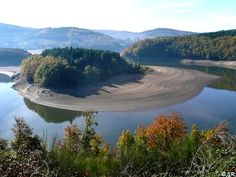 Decouverte du Lac de La Raviege dans le parc haut-languedoc