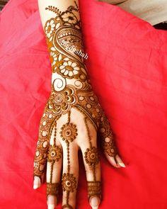 Bindushah_mehndi#mehndi#mehndidesign #mehandi #mehndiart #mehndiparty #henna #hennaart #hennawedding #hennatattoo #art #artist#wedding #weddingphotography #tattoos #tattoo #bridalmehndi #instagood #instagram#hennadesign #instadaily #events#me#hennalove#vadodara #baroda.