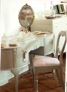 Vintage painted dressing table at Rosie Loves Vintage