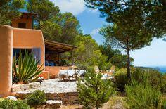 Entre azules, una casa en Formentera ·