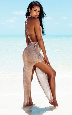 Rose Gold Metallic Knitted Maxi SkirtGive your everyday look an edge with this maxi skirt, featur. Dark Skin Girls, Most Beautiful Faces, Metallic Dress, Lace Up Sandals, Two Piece Outfit, Cute Skirts, Everyday Look, Lingerie Set, Sensual