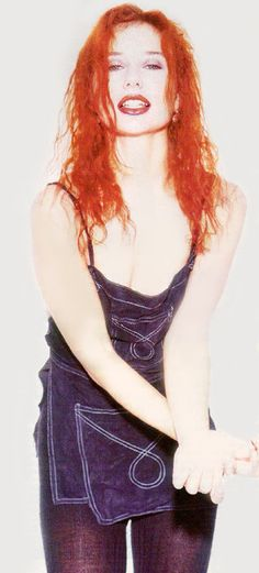 EarWithFeet Tori Amos, World Most Beautiful Woman, The Little Prince, Her Music, Celebrity Pictures, Redheads, Cool Girl, Hollywood, Style Inspiration