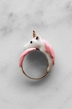 Make one special photo charms for you, compatible with your Pandora bracelets. 27 Insanely Tiny Pieces Of Jewelry That Will Give You Cute Aggression Unicorn Birthday, Unicorn Party, Unicorn Wedding, Unicorn Hair, Cute Jewelry, Body Jewelry, Jewelry Ideas, Dainty Jewelry, Jewelry Necklaces