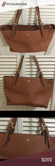 "Tory Burch Small York Tote Beautiful, like-new condition on this Tory Burch Small York Tote in ""luggage"" Saffiano leather! Plenty of pockets inside and middle zipping compartment. Tory Burch Bags Totes"