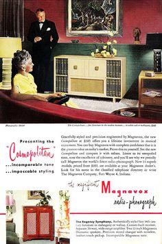 Magnovox radio phonograph