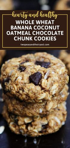 Back to school again? Try this family favorite recipe! Your kids won't be able to get their hands off of these Whole Wheat Banana Coconut Oatmeal Chocolate Chunk Cookies. Hearty and full of healthy goodness, this recipe is the perfect breakfast or lunch box treat! Tart Recipes, Baking Recipes, Cookie Recipes, Kitchen Recipes, Homemade Desserts, Fun Desserts, Dessert Recipes, Dessert Ideas, Coconut Oatmeal