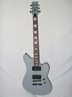 Indian Creek Guitars - Charvel Desolation Skatecaster SK-3 ST - Flat Gray w/Fender Gig Bag,  (http://www.indiancreekguitars.com/charvel-desolation-skatecaster-sk-3-st-flat-gray-w-fender-gig-bag/)