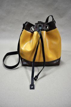 Bucket Bag Na Lua