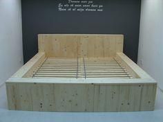 Wood Bed Design, Bed Frame Design, Bedroom Bed Design, Bedroom Furniture Design, Room Ideas Bedroom, Pallett Bed Frame, Diy Bed Frame Plans, Reclaimed Wood Bed Frame, Baby Room Furniture