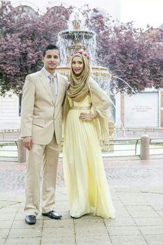 Beautiful! Amenakin, looks like a Disney Princess with her Prince. Mashallah.