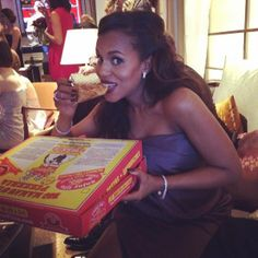 """Mom-to-be Kerry Washington is eating for two so who can blame the 37-year-old for tucking into a pizza at the Oscars. The actress, who is gluten free, clearly missed out on Ellen DeGeneres' pizza during the show but managed to hunt down a slice in the green room. """"Yes! @We Love Ellen!  There IS gluten-free pizza!!!! #OSCARS #greenroom"""" the star captioned the snap on Instagram."""