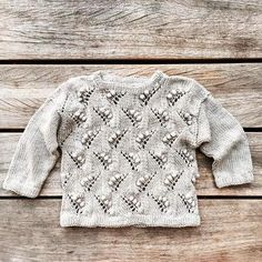 Ravelry: Pea blouse pattern by Pernille Larsen Baby Cardigan Knitting Pattern, Baby Knitting Patterns, Knitting Blogs, Knitting For Kids, Crochet Baby, Knit Crochet, Knitting Short Rows, Pull Bebe, Boot Toppers