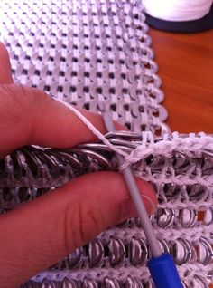 Close up pictures.  Pop tab (pull tab) crochet – my method… An epic post | generationcrochet