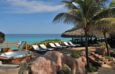 KUBA - krásné bílé písčité pláže, průzračně čisté moře, exotická atmosféra, kubánský rum a doutníky :-) To vše a mnohem více nabízí Kuba! :-)  - Poleťte na dovču, dokud je tu krásné počasí! :)   #kuba #cuba #dovolena #holiday #lastminute #karibik #exotika  http://www.1-cestovni.cz/last-minute-kuba