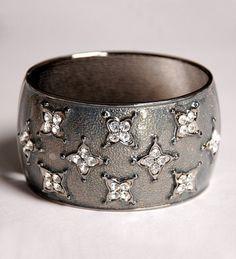 Indian Bracelets : Indian Bangles, - Buy Indian Jewellery, Indian Bangles, Bracelets, Indian Earrings, rings Online Shop India - StyleSays