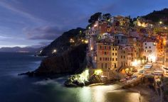 Cinque de terre, Italy. Anyone looking for a romantic getaway? This place is gorgeous!