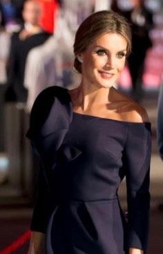 Queen Letizia in Delpozo