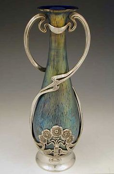 Loetz Art Nouveau Irridescent Glass Vase with Juventa Pewter Mount