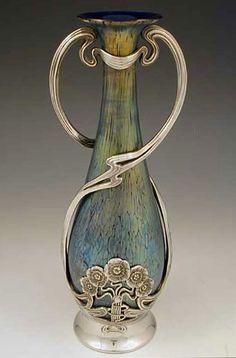 Loetz Art Nouveau Irridescent Glass Vase with Juventa Pewter Mount