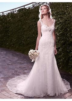 CHARMING TULLE SHEATH V-NECK NECKLINE NATURAL WAISTLINE WEDDING DRESS IVORY WHITE LACE BRIDAL GOWN