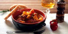Šampiňónový guláš so zemiakmi (fotorecept) - Recept