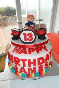 Drum Cake @Kim Jensen this would be awesome for your hubby
