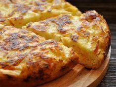 Vă prezentăm o rețetă de budincă delicioasă cu varză și ou. Aceasta se prepară dintr-o cantitate minimă de ingrediente, mereu prezente în orice bucătărie. Vă vine în ajutor de fiecare dată când aveți nevoie de o gustare caldă și nu dispuneți de suficient timp liber pentru a o prepara. La fel, poate fi servită în calitate …