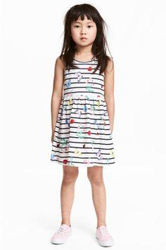 Vzorované žerzejové šaty - Bílá jahody - DĚTI  9ed5638613e