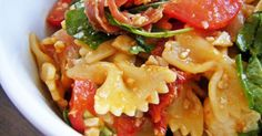 Sugar and Spice: The most delicious Italian pasta salad- Sugar and Spice: Allerleckerster italienischer Nudelsalat Sugar and Spice: The most delicious Italian pasta salad - Italian Recipes, Mexican Food Recipes, Ethnic Recipes, Pasta Salad Italian, Maila, Cooking Recipes, Healthy Recipes, Salad Bar, Soul Food