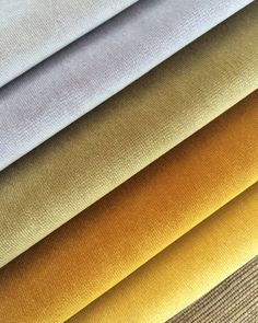 Butter yellow and mustard mellow. A light and bright textile palette in our Atelier velvet.