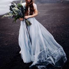 Mesmerised by this dove-grey wedding dress by Chantel Lauren Designs and captured by Cassie Rosch. Those moody tones are heaven!