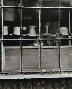 Evelyn Hofer - Lock's St. James Street, London 1962