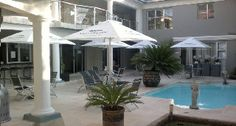 Hartbeespoort Boutique Hotels, this luxurious 4 star boutique hotel is situated in Harbeespoort, North West. This elite, high class and modern boutique hotel offers guest corporate and romantic accommodation with an exotic island style finish. There are 6 different suites for guest to choose from. Bahamas