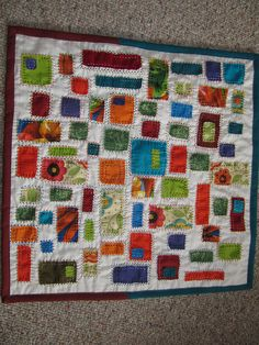 LOVE THIS QUILT!  hand stitched