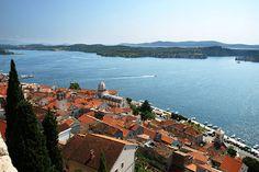 Okružní plavba 4 - Severní Dalmácie - Šibenik: http://www.novalja.cz/chorvatsko/plavby-lodi/plavba-lodi-severni-dalmacie/